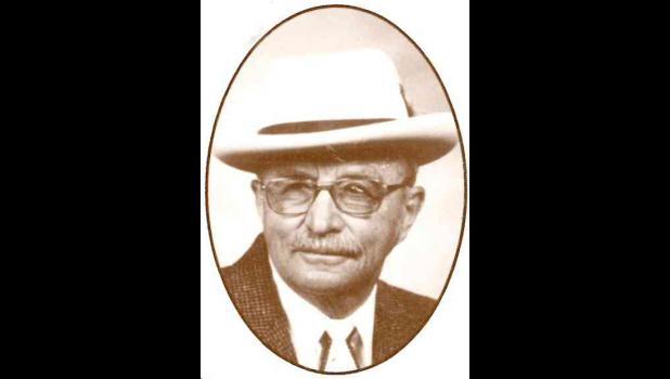 Marvis Hogen, Main Street Legend